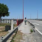 Bicicleta na ponte da Figueira